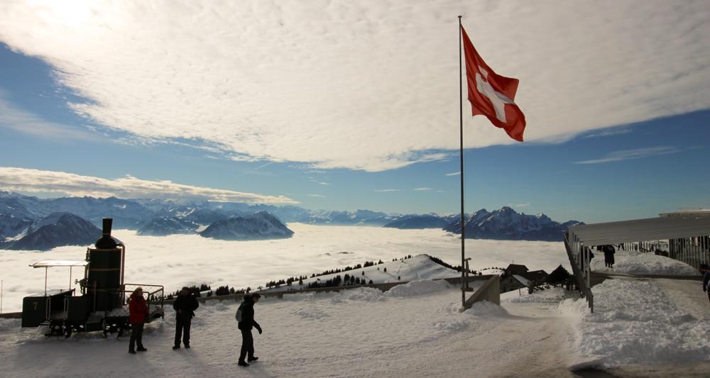 Quel est le niveau de français minimum pour obtenir la nationalité suisse ?