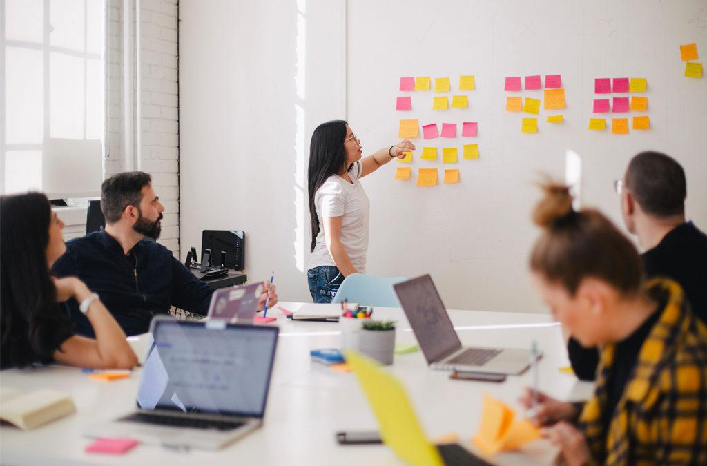 Quelle est la différence entre la formation Commerce & Marketing et le CFC de Commerce ?